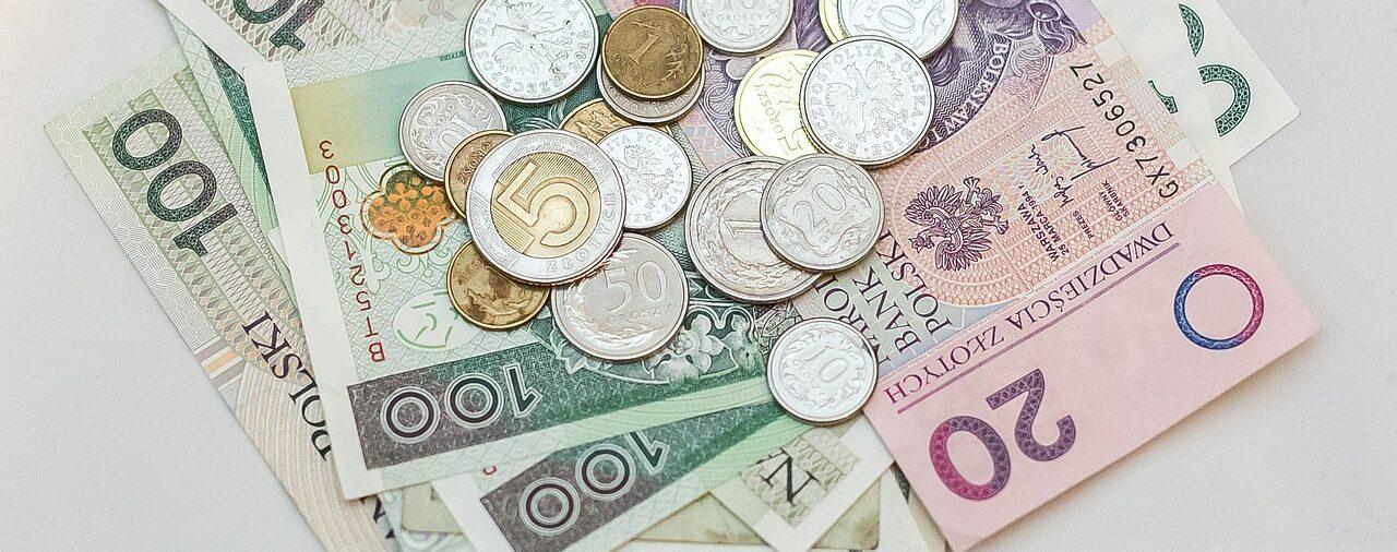 Czy od opóźnionej wypłaty dotacji oświatowej należą się odsetki?