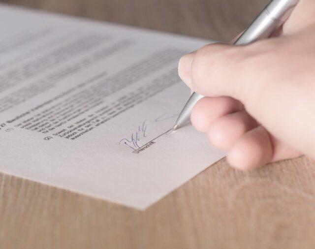 Umowa przedszkola z rodzicami – jakie zmiany warto wprowadzić w związku z Covid-19?